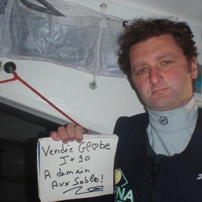 Arnaud Boissières Vendée Globe 2012 arrivée