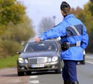 controle gendarme mercedes