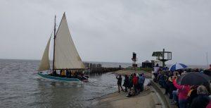 cabanes en fete depart bateau