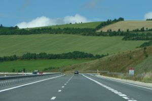 SLR verges autoroute