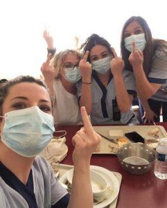 coronavirus doigt infirmieres