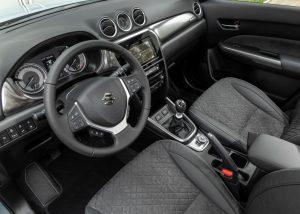 suzuki vitara hybrid interieur SLR verges