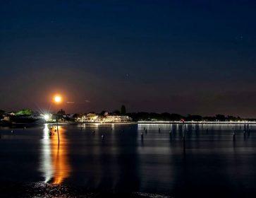 Lune rose : Les photographes et amateurs de beauté céleste ont levé les yeux vers le ciel, cette nuit… 9/04/20 Il...